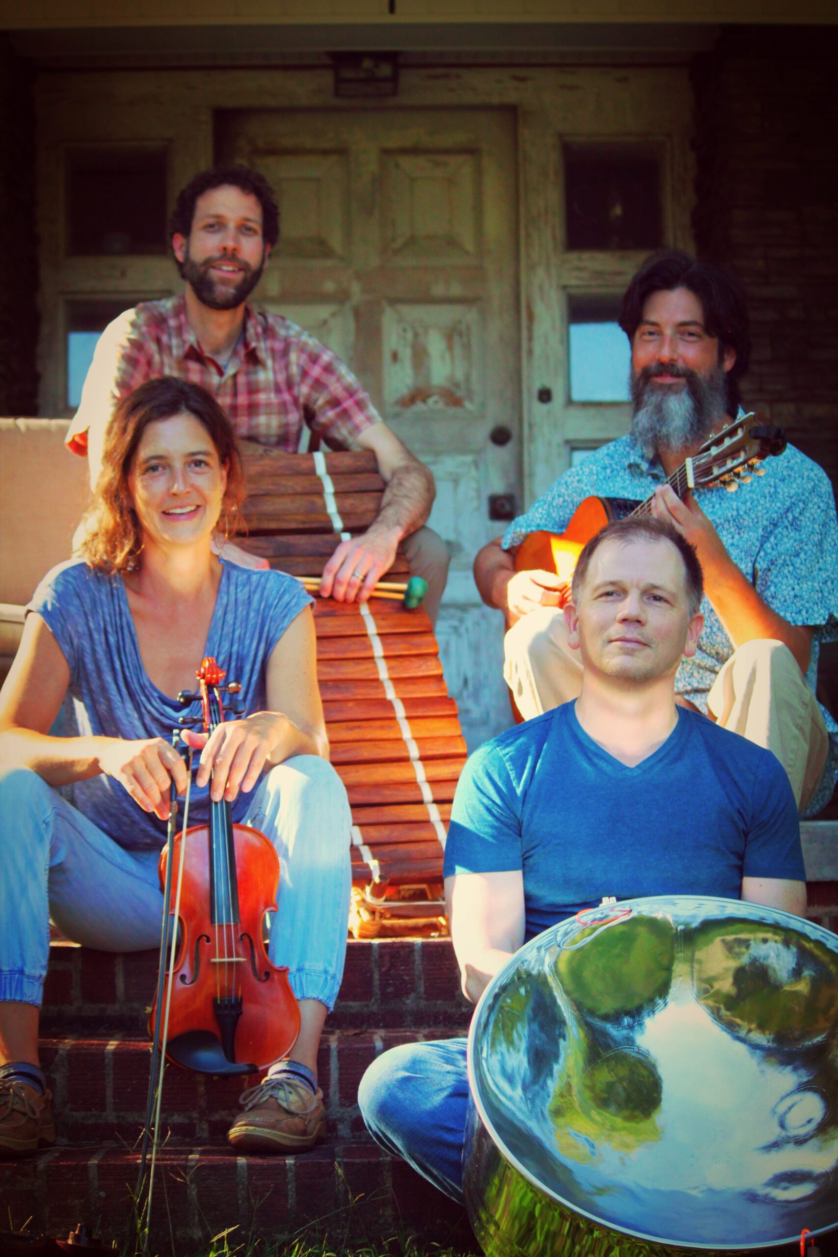 World Wide Acoustic Quartet